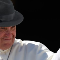 Pope Switches to Fedora