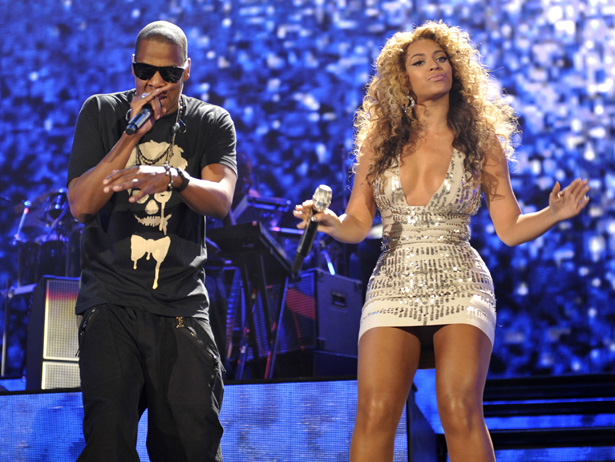 jay z and beyonc 39 s concerts now feature dismemberments robot butt. Black Bedroom Furniture Sets. Home Design Ideas