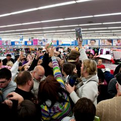"Chaos Surrounding Walmart's ""Bigger & Blacker Black Friday"" Increases"