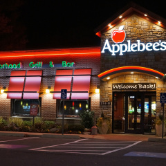 God Punished a Man in New Jersey For Choosing to Eat at Applebee's