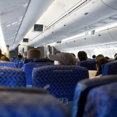 Would-Be Airplane Hijacker Stuck in Middle Seat