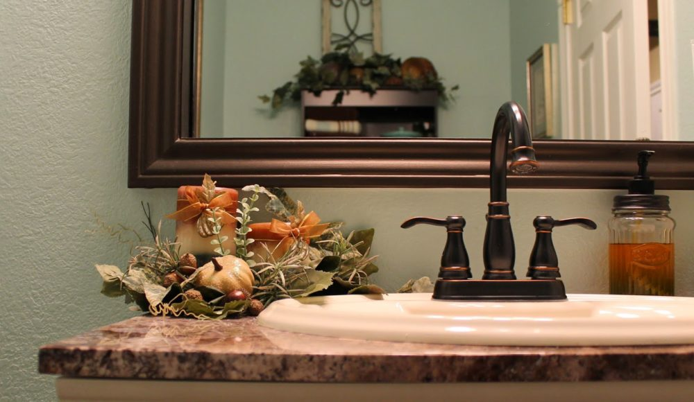 Decorating Your Bathroom For Fall : Decorating tips for sprucing up that room in your house
